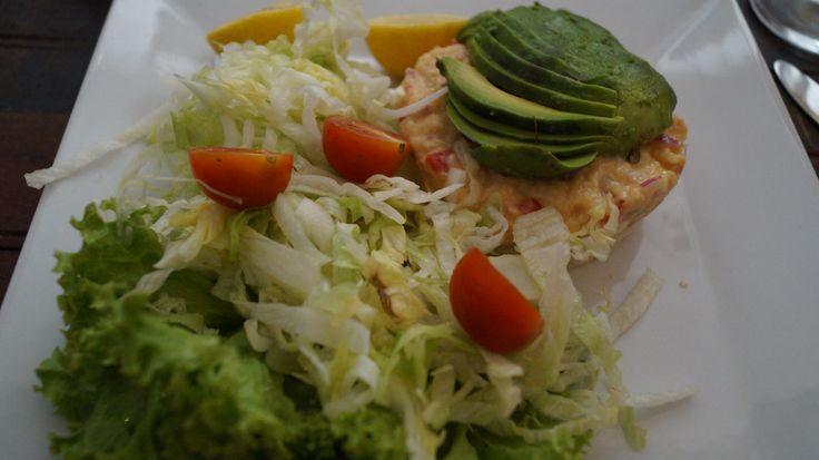 Ceviche salmón en La Gargola @arte_gargola , en Barrio Yungay @Barrio_Yungay