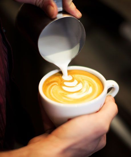 National Coffee Day Freebies | Here's where to find freebies on National Coffee Day. #refinery29 http://www.refinery29.com/2015/09/94750/national-coffee-day-freebies