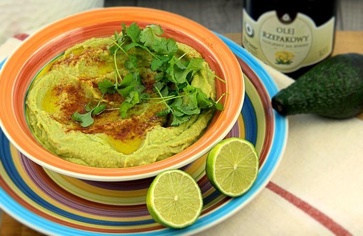 szczypta smaQ: Hummus z awokado i kolendrą