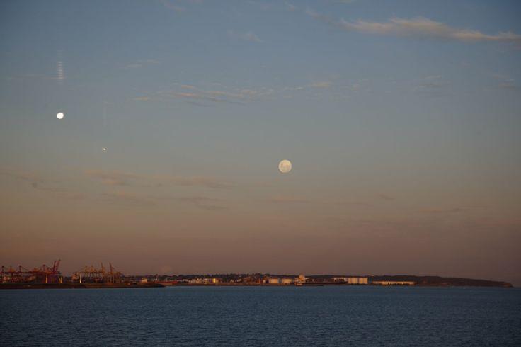 Moonrise from our balcony splendid:)