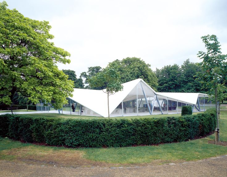 Serpentine Gallery Pavilion 2000 Designed by Zaha Hadid