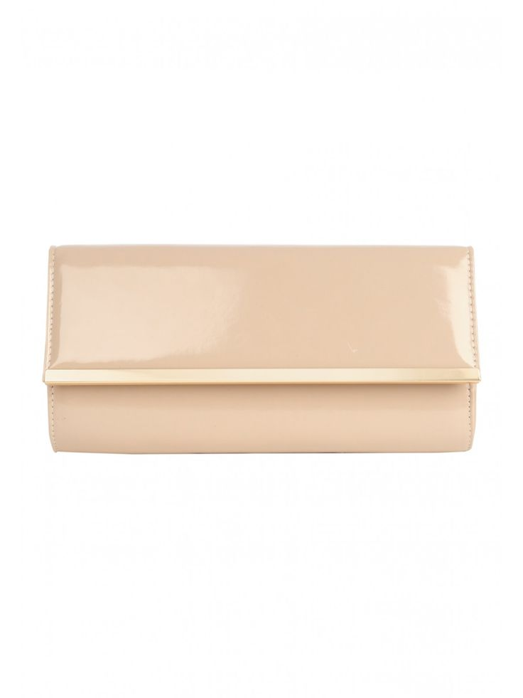 Add a bit of glamour to your outfit with this women's patent bar clutch bag. Featuring a patent bar, gold trim and chain, this camel clutch bag is an evening...