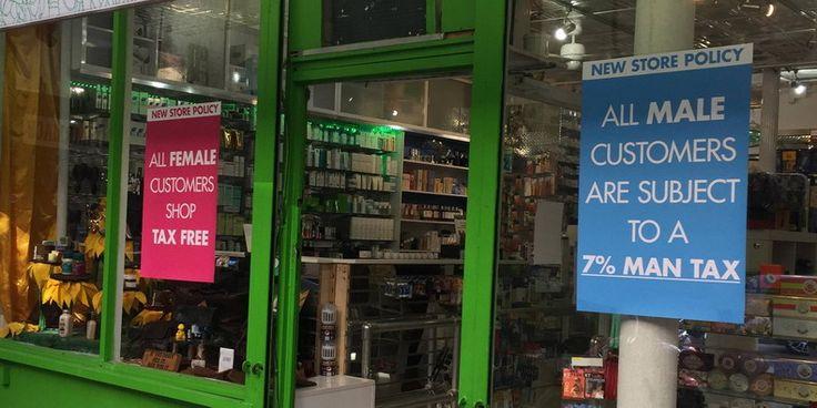 Нью-Йоркская аптека борется за гендерное равноправие с помощью 7-процентного «мужского налога» http://kleinburd.ru/news/nyu-jorkskaya-apteka-boretsya-za-gendernoe-ravnopravie-s-pomoshhyu-7-procentnogo-muzhskogo-naloga/  Подпись к изображению: Аптека в районе Сохо «Thompson Chemists» теперь взымает с клиентов-мужчин дополнительный 7-процентный налог На протяжении последних нескольких лет наблюдается все более активное движение, связанное с идеей о необходимости избавиться от так называемого…