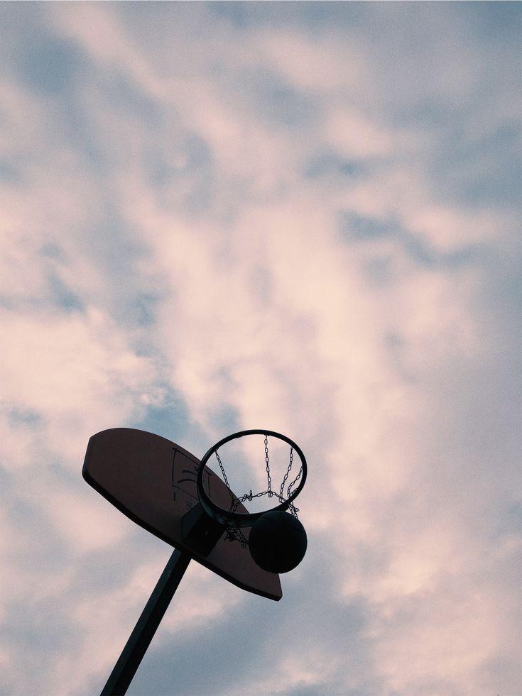 bearbeitet mit VSCO✨ #vsco #photography #photoshoot #sunset #basketball    – ours.
