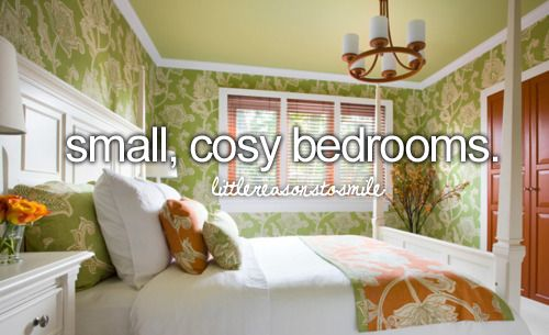 small cosy bedroom