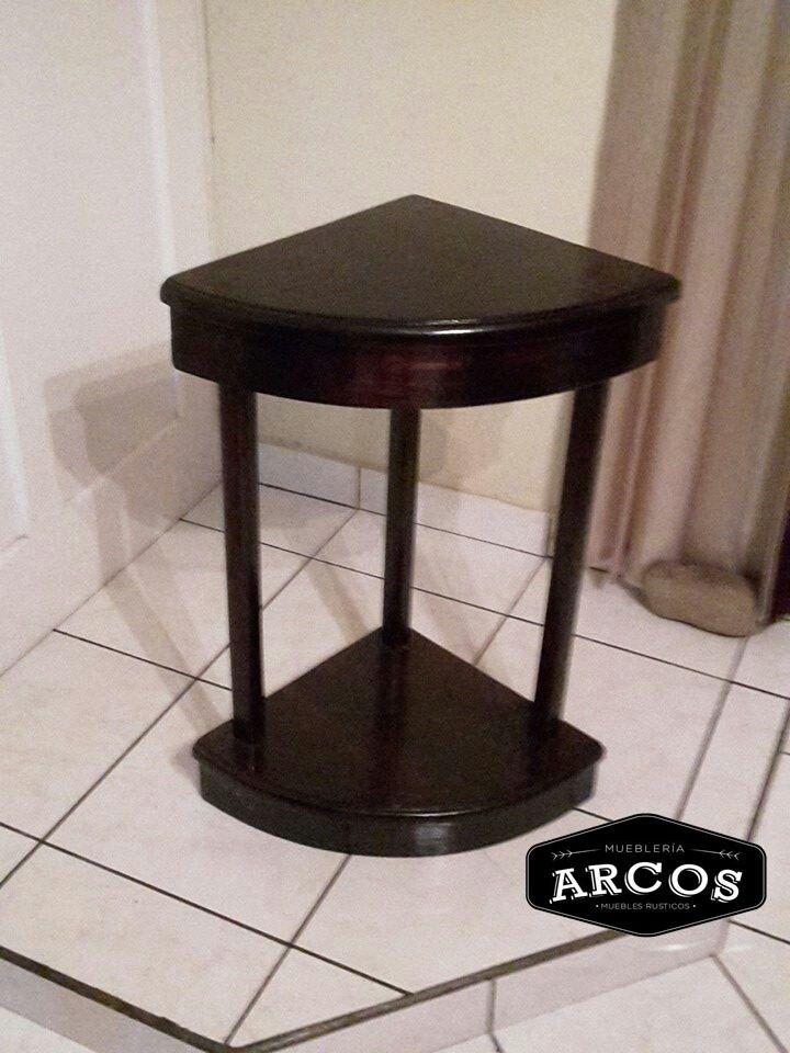 Mesa esquinera de madera mesas esquineras pinterest for Mesas para esquinas