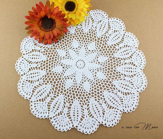 Centrino a uncinetto doily crocheted centrino bianco white