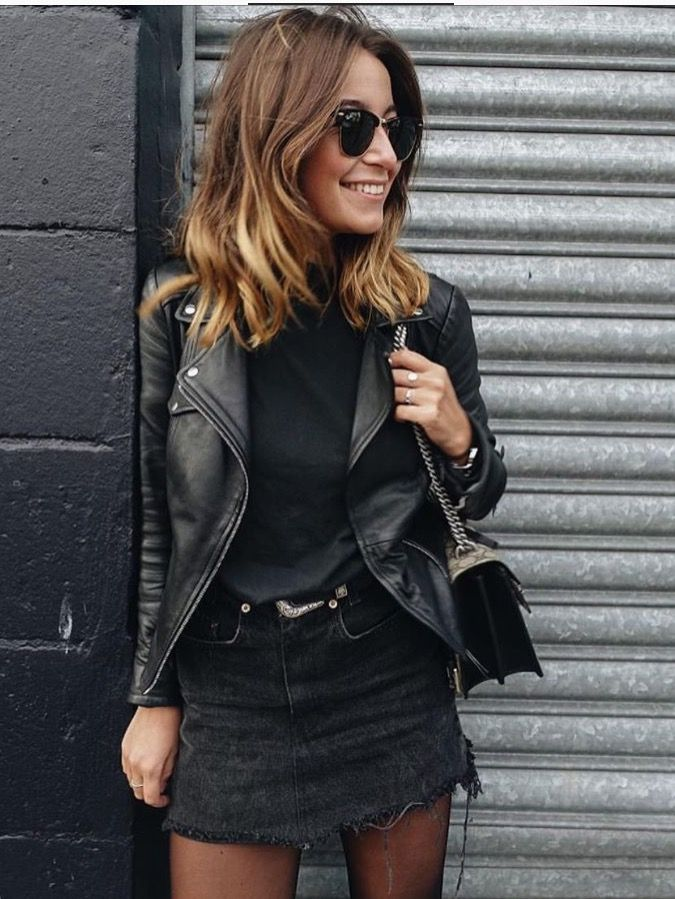 Mode | Mode-Outfits | Modeideen | Schwarzes Outfit | Schwarzes Outfit | – | #schwarz #pullover #lederjacke #denim #rock