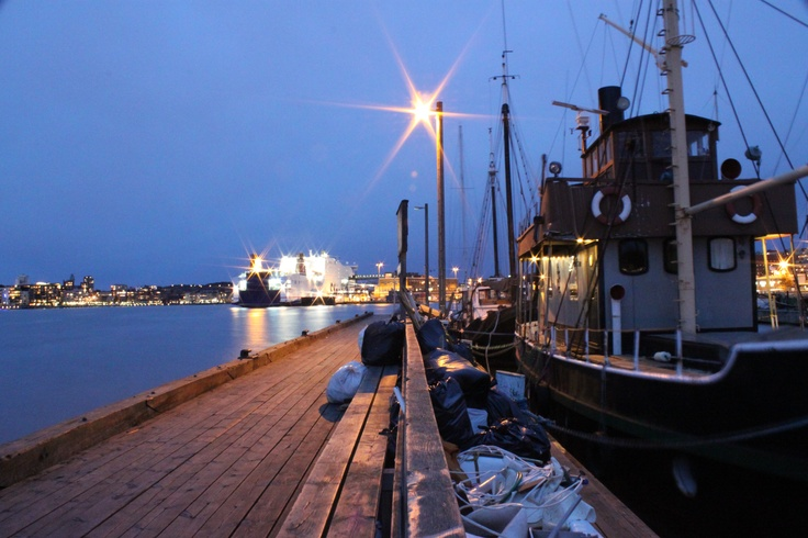 Shot by me at Röda sten in Gothenburg, by the boats.