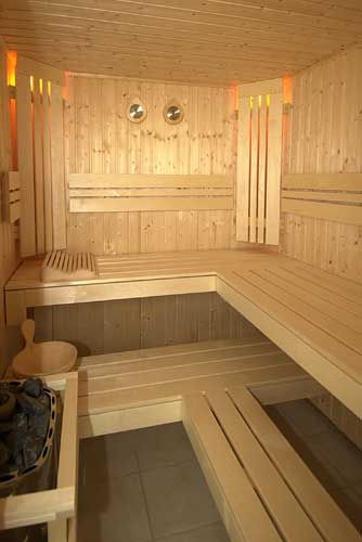 Health Benefits of Using a Sauna • Why to use it • Health Blog