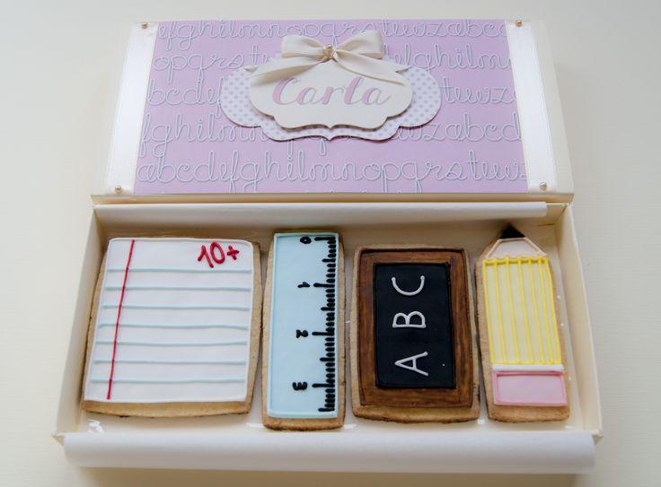 teachers box with cookies https://www.facebook.com/pages/Minù-Minù-collezioni-artistiche/1441713376099936