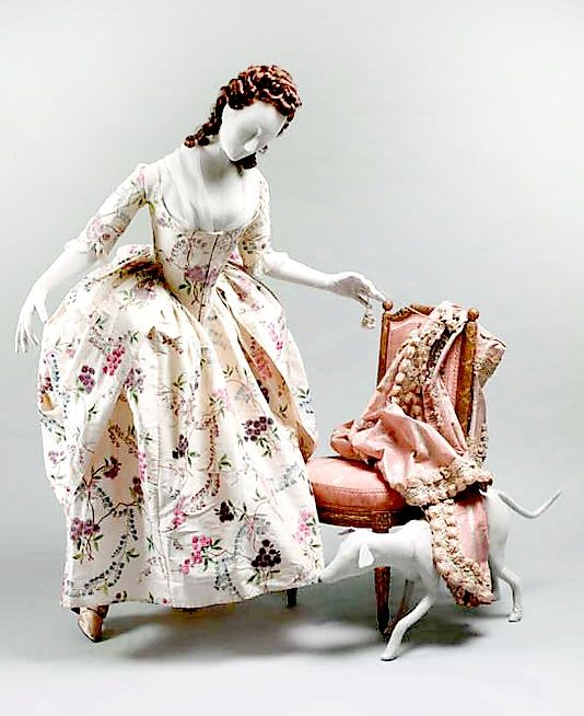 Ensemble at the Metropolitan Museum of Art (accession #1976.146). Robe a l'anglaise gown and petticoat. Painted silk, Chinese export fabric.
