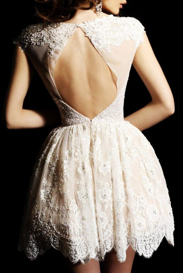 When Kurtis and I renew our vows this will be my dress, maybe a tad bit longer ;) hehehe Don't want my bum hanging out for all to see!
