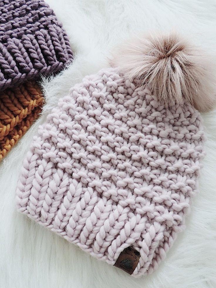 Ich Bin Zuruck Mit Einem Super Sperrigen Strickmutzenmuster Unter Verwendung Der Weichsten Hat Knitting Patterns Yarn Hats Crochet Hats