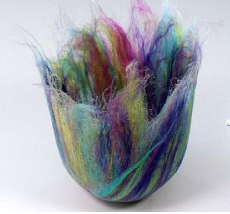 felted vase from rosiepink felt and felting