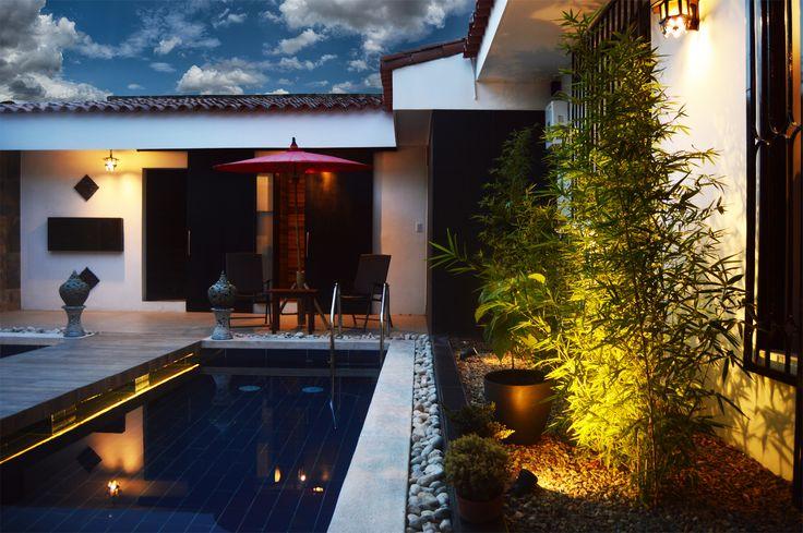 El Spa cuenta con piscinas, sauna, habitaciones de masajes y baños de diseño, en donde cada espacio tele transporta a otro lugar.