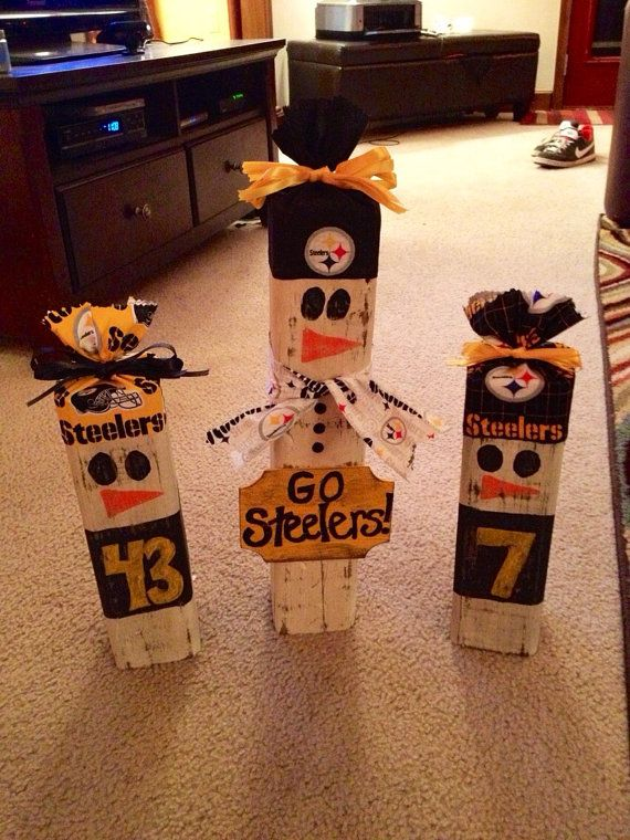 NFL Wooden Snowman / Choose your favorite team!