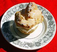 Sfinge di San Giuseppe/ St. Joesph's Day Cream Puffs (with ricotta, orange and lemon zest)