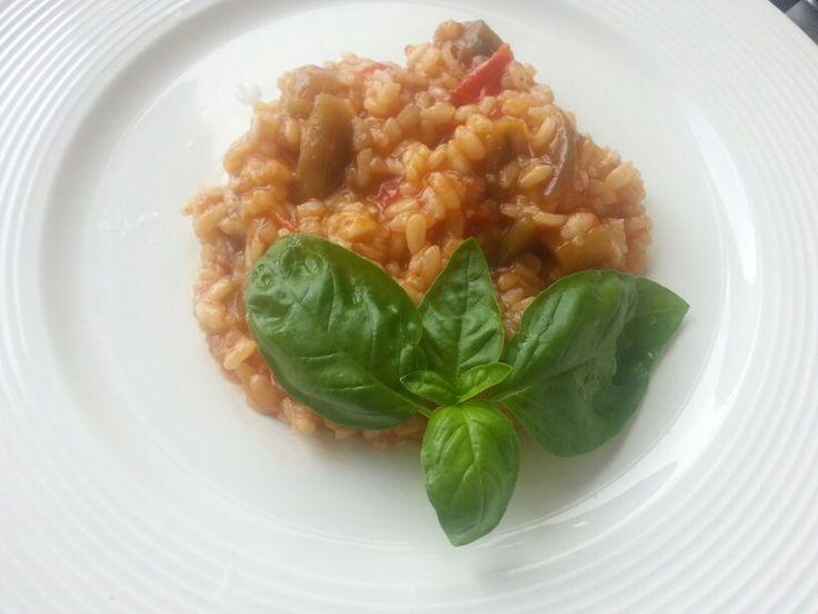 http://blog.giallozafferano.it/etvoilacucinasemplice/risotto-alle-melanzane/