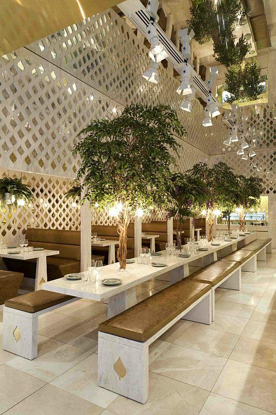 RestaurantRestaurant- paint plant divider white