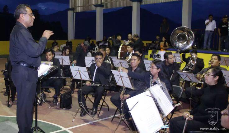 Banda de Música de la UABJO participa en Macro concierto en la Sierra Mixe | UABJO