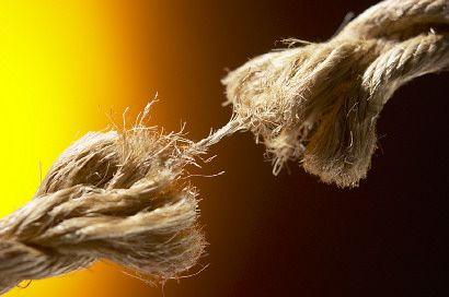 elszakadt kötél