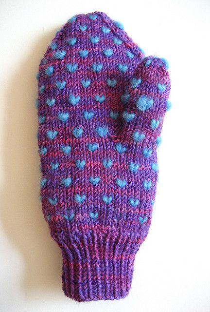 thrummed mittens - free pattern!