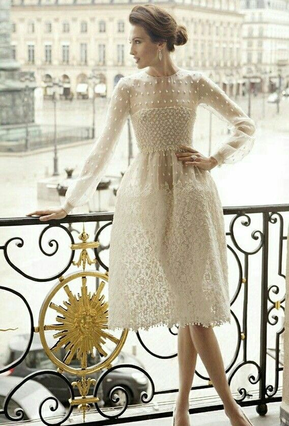 Designer fashion | Valentino white dress