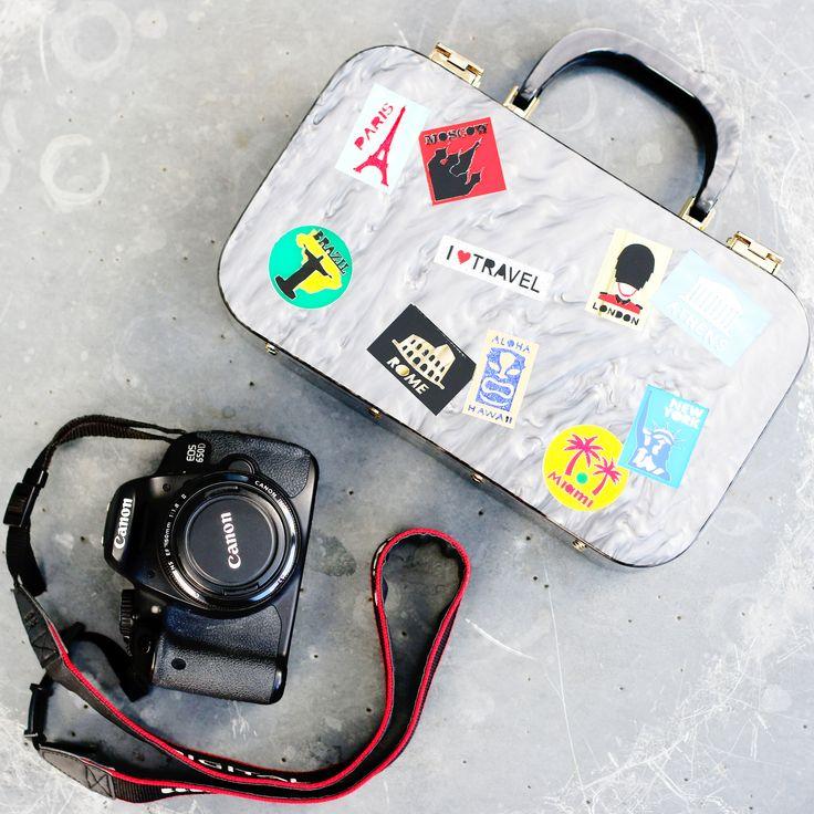 Urania Gazelli's SS15 plexiglass traveler tote bag  - Photo by Threads Styling - #ThreadsStyling #UraniaGazelli