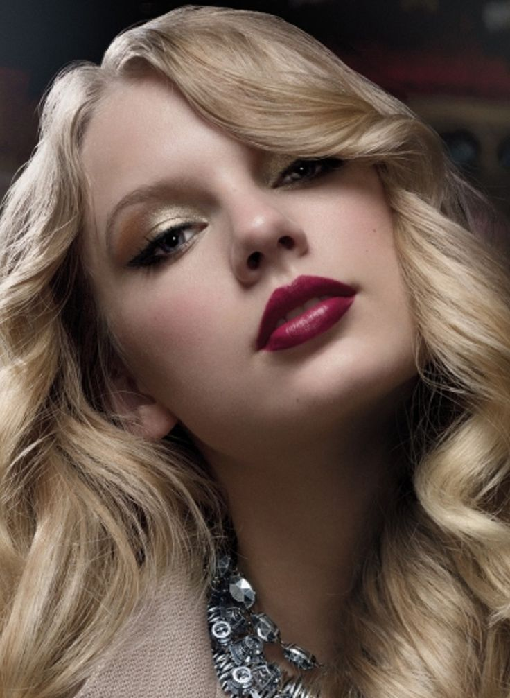 1000+ images about Red Lipstick Gallery on Pinterest ...