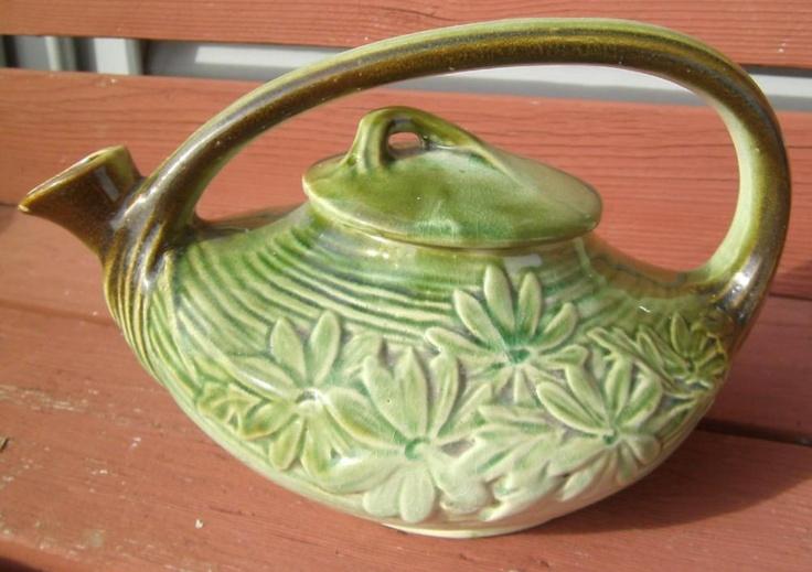 Antique 1942 Green Mccoy Pottery Daisy Tea Pot Pitcher Art
