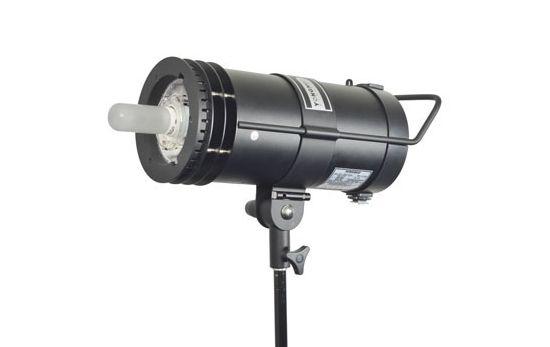 Firma Yongnuo zaprezentowała na swojej stronie studyjną lampę błyskową oznaczoną jako YN300W. Nowa lampa o mocy 300Ws wspiera na razie system E-TTL Canona.