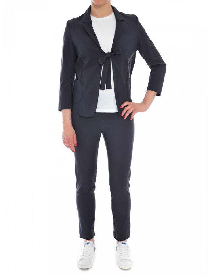 GIACCA DONNA RIALTO48 .  dettaglio chiusura con fiocco.  73% viscosa  24% poliammidica  3% elastan  made in italy - Caneppele #ss2017 #woman #jacket #look #casual