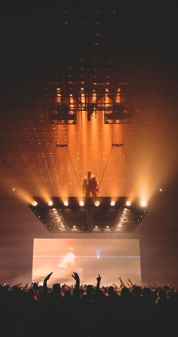 One More Cup of Coffee          | welovekanyewest:     Kanye West's Saint Pablo Tour