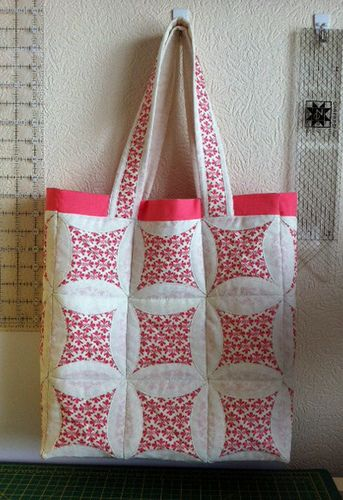 Quilted tote bag - love the Japanese folded technique