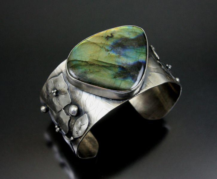 Cuff   Gail Williams. 'Northern Lights'  Labradorite, Argentium Sterling...
