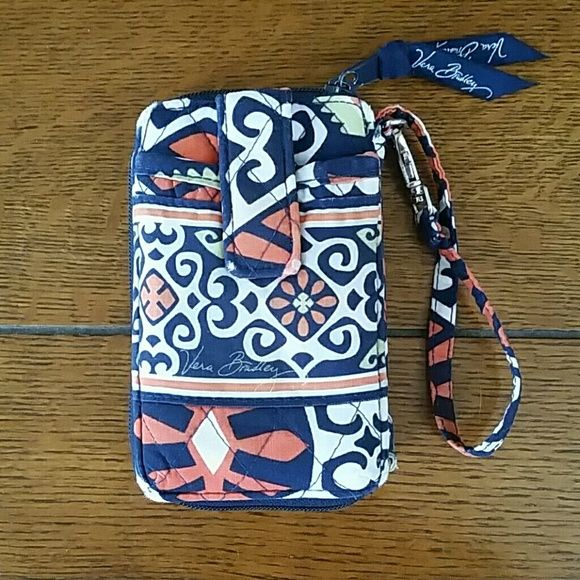 Vera Bradley wristlet wallet Used Vera Bradley wristlet wallet. No stains, and all of the the zippers are functioning. There is a little wear on the corners though. Vera Bradley Bags Clutches & Wristlets