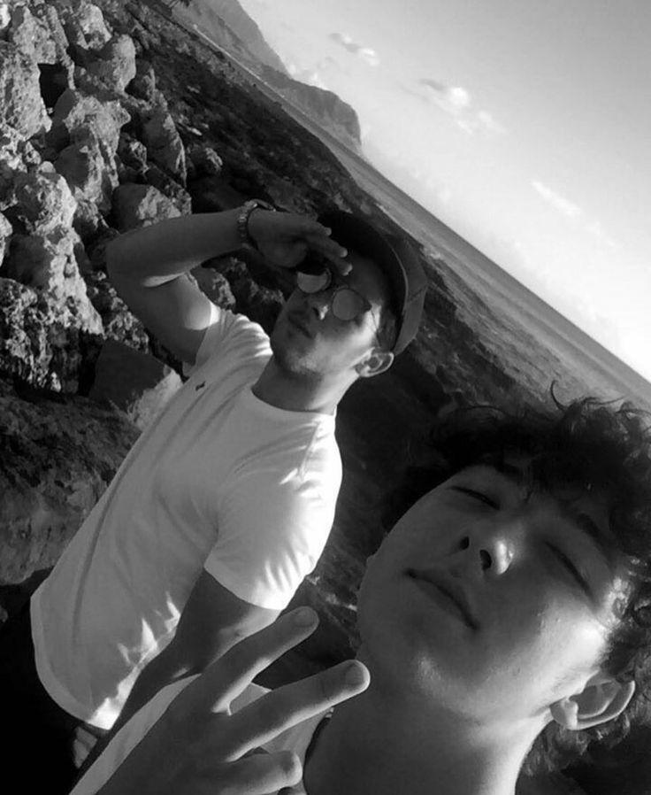 Nick and Frankie Jonas