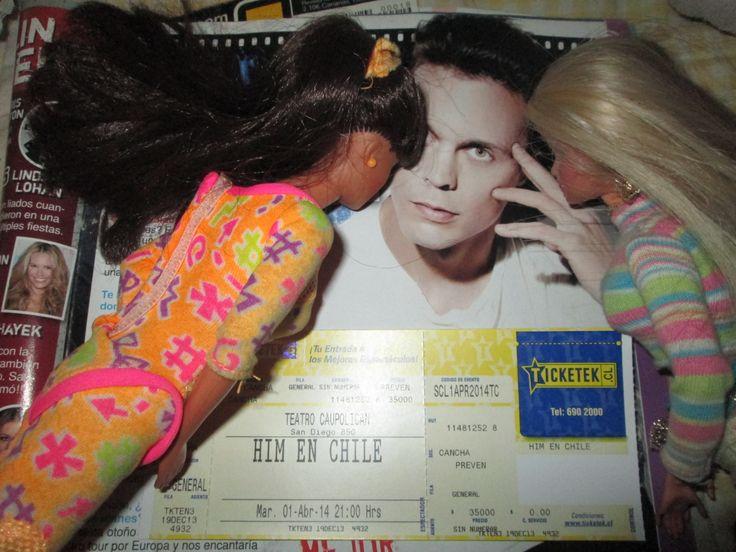 Barbie y Teresa también me apoyan porque dejaron a Ken por Ville Valo y me dijeron que yo debía ganar sí o sí, para que ellas me acompañen al M&G porque también quieren conocer a HIM :)