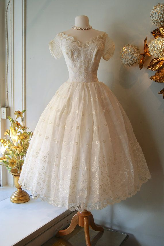 Superb Vintage s Eyelet Tea Length Wedding Dress with Floral Embroidery