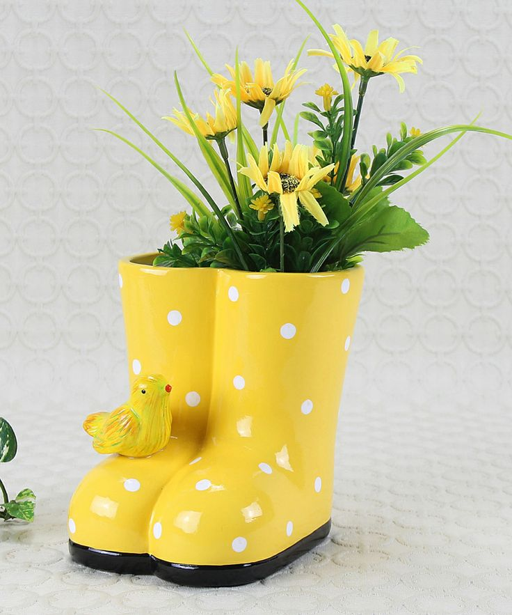 78 images about unique flower pots on pinterest gardens - Unusual planters for outdoors ...