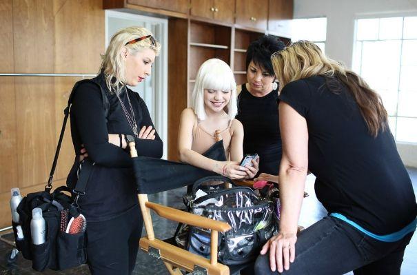 Sia_Chandelier_Maddie_Ziegler_Behind_the_Scenes_6839 ...  |Maddie Ziegler Chandelier Behind The Scenes