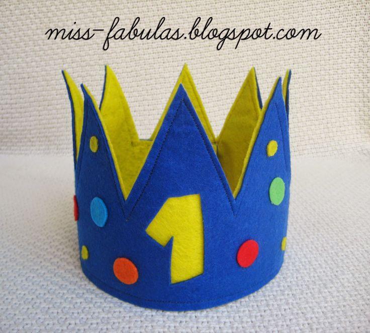 Personalized birthday crown - Corona para cumpleaños personalizada hecha a mano en fieltro