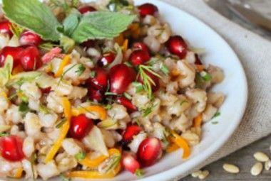 Cucinare con il melograno: 10 ricette inaspettate con i chicchi portafortuna! | Cambio cuoco