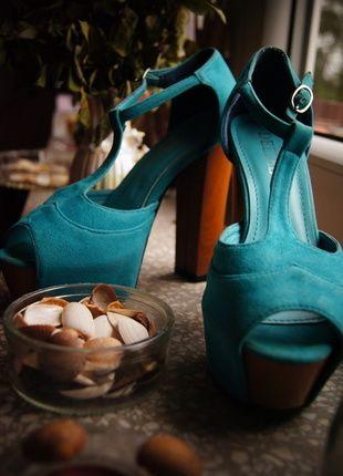 Kup mój przedmiot na #vintedpl http://www.vinted.pl/damskie-obuwie/sandaly/11662994-turkusowe-lity-deezee
