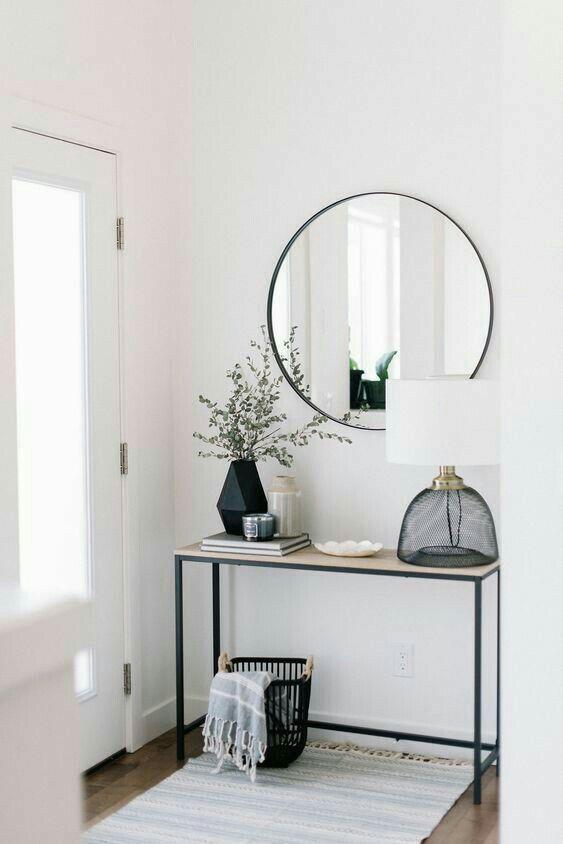 Skandinavisches Dekor mit Spiegeln – #Dekor #minim…