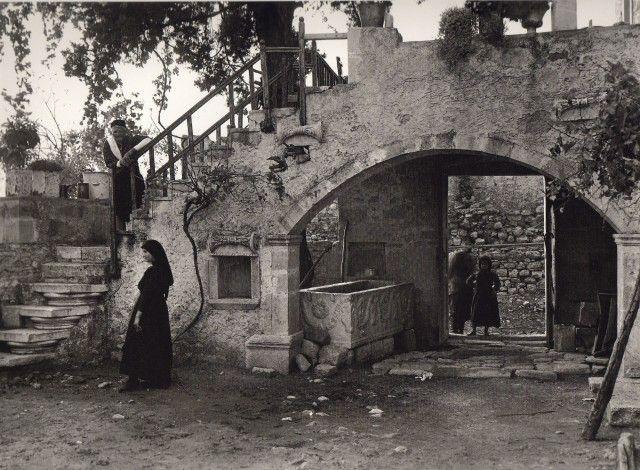 107 αριστουργηματικές φωτογραφίες μιας απλής, ήσυχης Ελλάδας (1903-1930) - RETRONAUT - Lightbox - LiFO κρητη