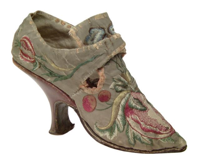 Pair of woman's shoes, France, c. 1720. Grey silk embroidered with floral motifs in multicoloured silks.