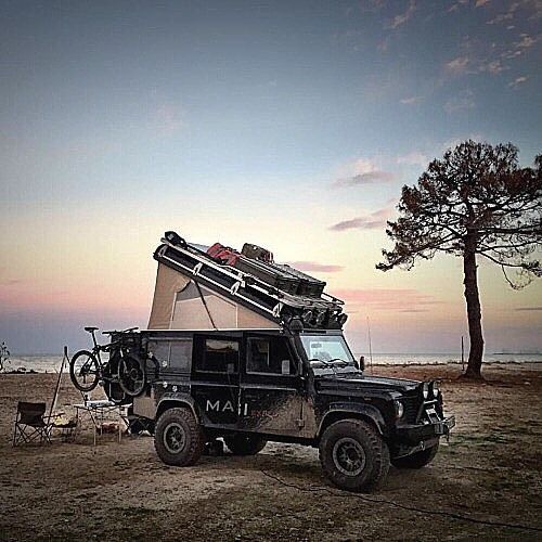 overlandbound:  #adventuremobile of the week.  Keep exploring and live simply with one of these classic Land Rover Defenders via whiskandwhittle.tumblr.com #adventuremobile #keepitwild by bexargoods http://ift.tt/1QPINmE