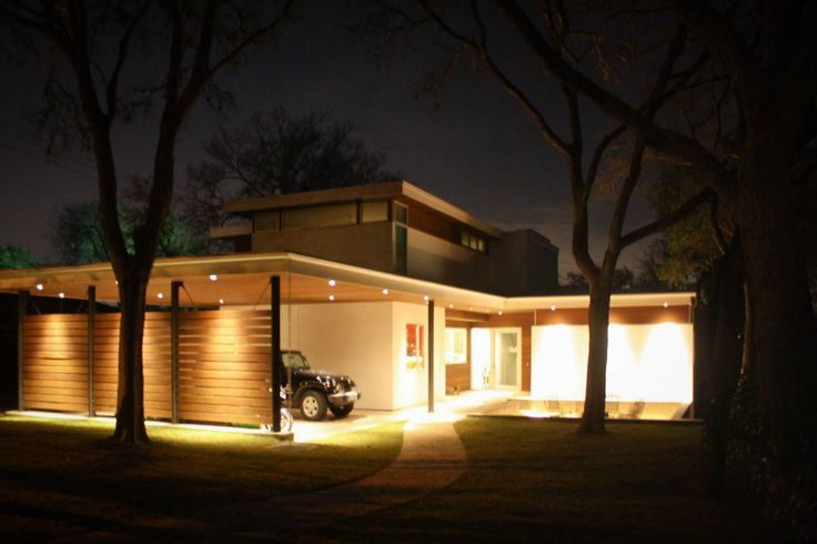 FEATURED LOCATION: Modern Multi-Level Glass House in Tarrytown, Austin